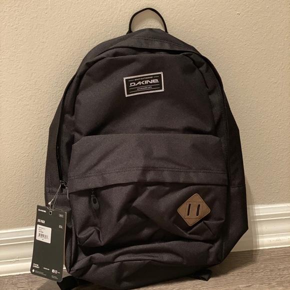 Dakine Other - NWT DAKINE 365 21L Backpack